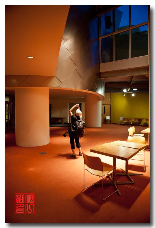《酒一船原创摄影》:色彩空间入梦流 - MIT 的32号楼_图1-24