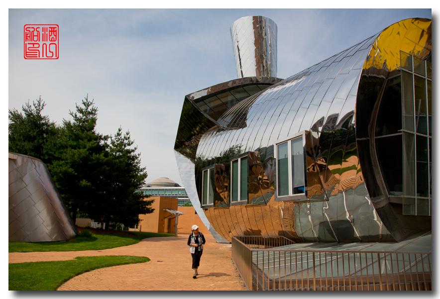 《酒一船原创摄影》:色彩空间入梦流 - MIT 的32号楼_图1-28