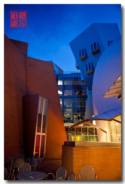 《酒一船原创摄影》:色彩空间入梦流 - MIT 的32号楼_图1-32
