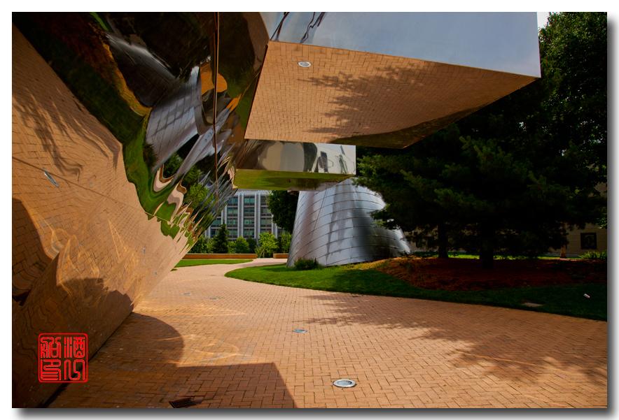 《酒一船原创摄影》:色彩空间入梦流 - MIT 的32号楼_图1-33