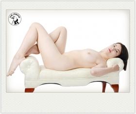 【相机人生】(414)裸女,二胡,旧军装 (