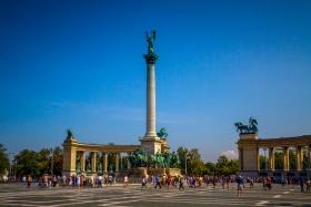 【自由鸟】布达佩斯的英雄广场,气势磅礴,