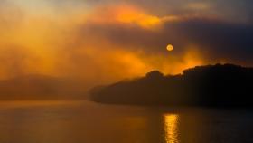 【自由鸟】一缕曙光,揭开了神秘的多瑙河,