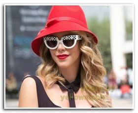 月影. 一抹红唇 纽约春季时装周2014