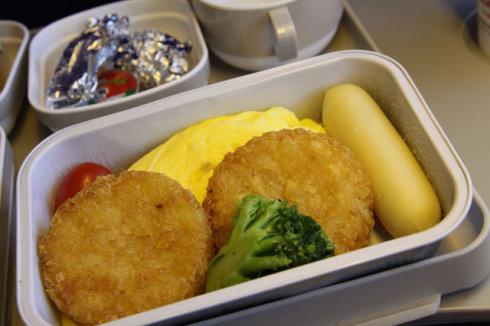 空中吃货:盘点各国航空公司飞机餐_图1-18