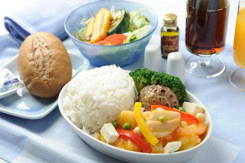 空中吃货:盘点各国航空公司飞机餐_图1-13