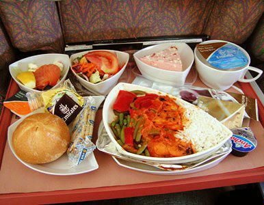 空中吃货:盘点各国航空公司飞机餐_图1-20