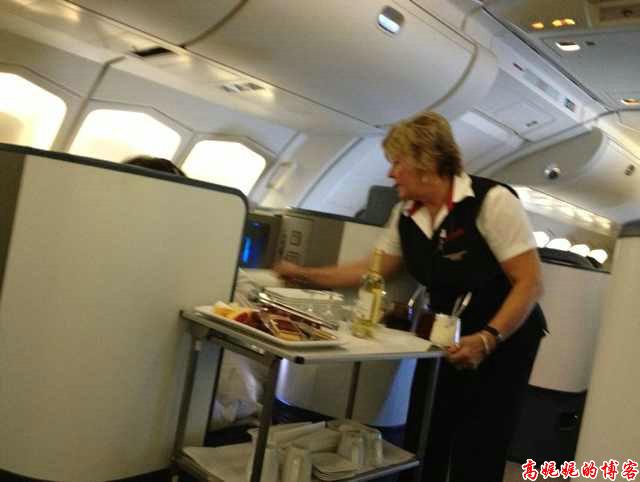 空中吃货:盘点各国航空公司飞机餐_图1-4