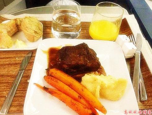 空中吃货:盘点各国航空公司飞机餐_图1-6