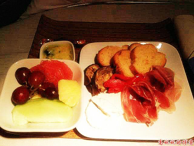 空中吃货:盘点各国航空公司飞机餐_图1-5