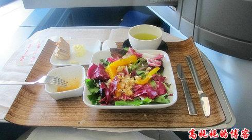 空中吃货:盘点各国航空公司飞机餐_图1-11