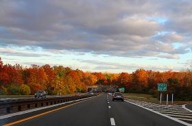 带你去纽约州公路两旁赏枫墙!