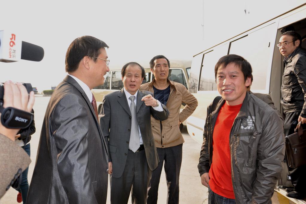 野寨中学举行建校70周年校庆日活动_图1-32