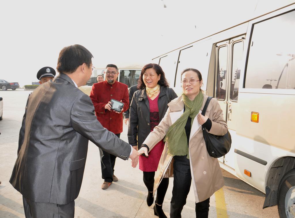 野寨中学举行建校70周年校庆日活动_图1-37