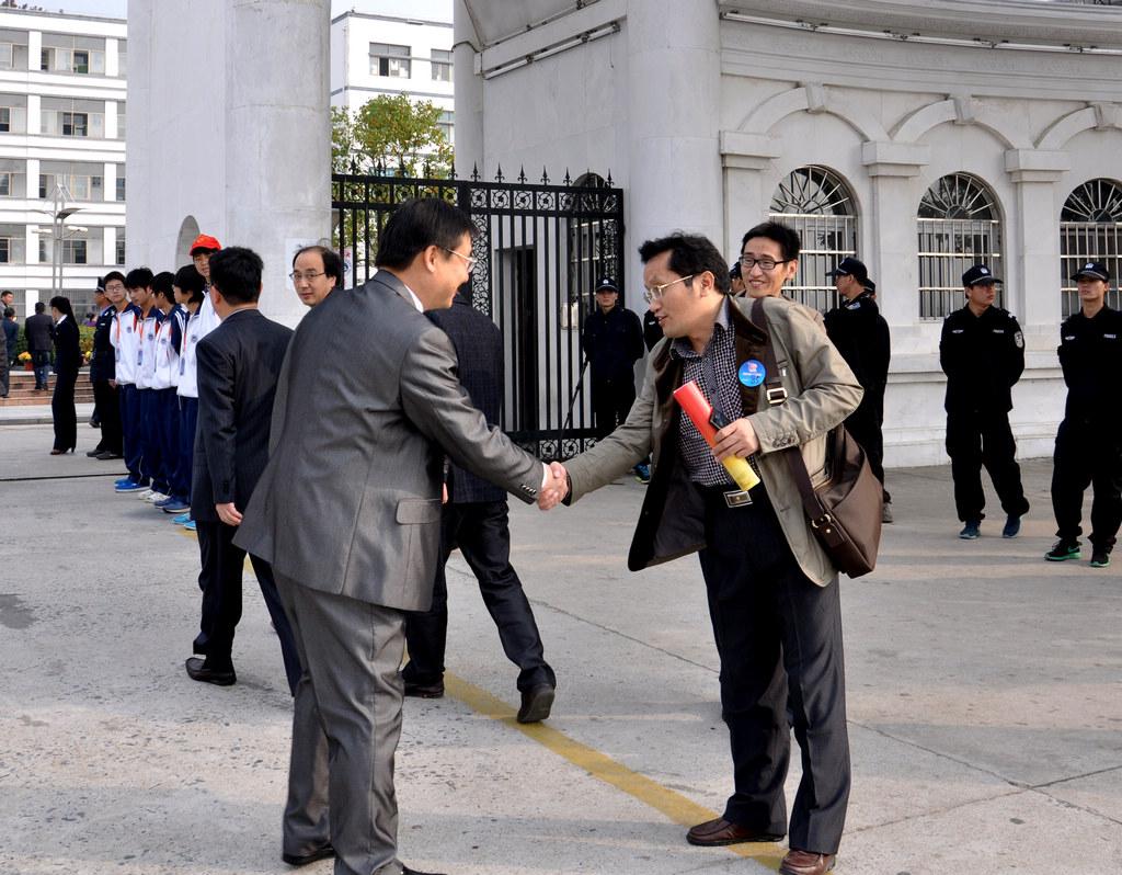 野寨中学举行建校70周年校庆日活动_图1-55