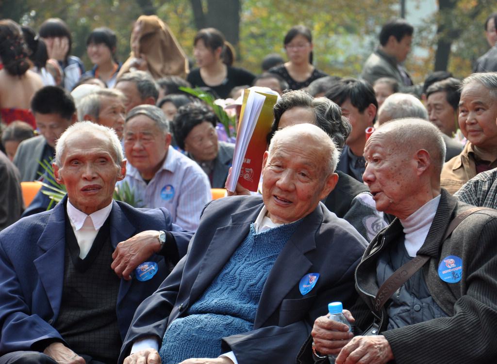 野寨中学举行建校70周年校庆日活动_图1-114