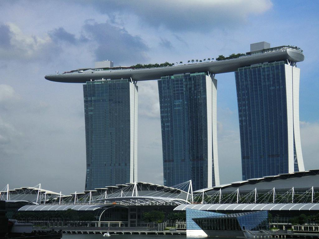 6美刀车费游新加坡_图1-1