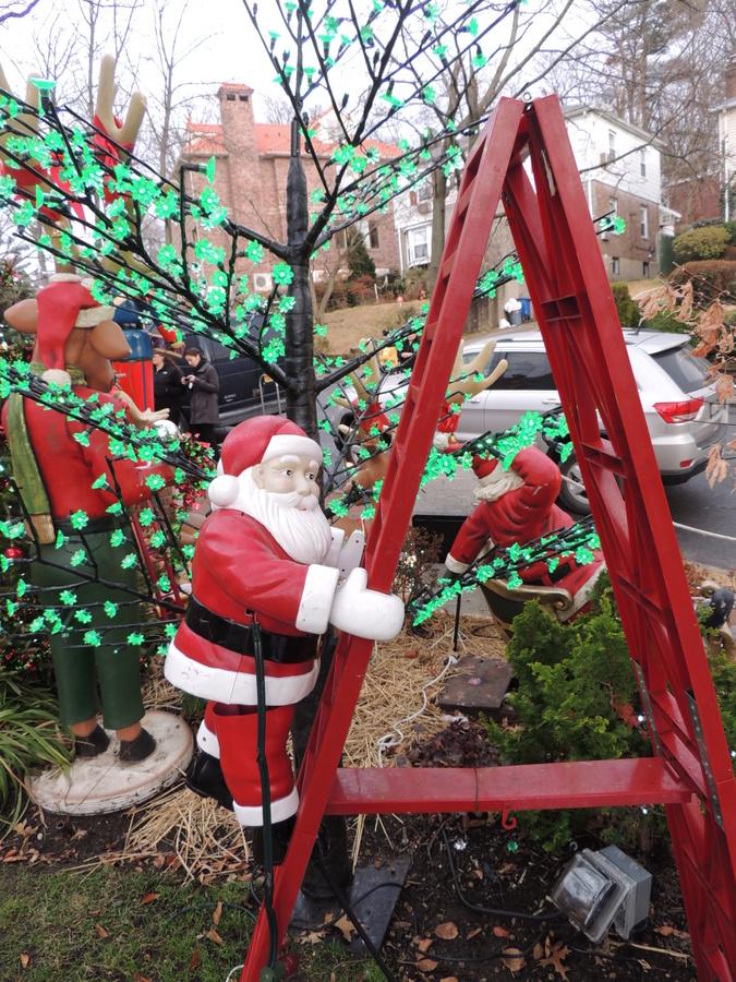 聖誕老人進城了_图1-15