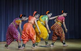 印度舞欢庆圣诞--續