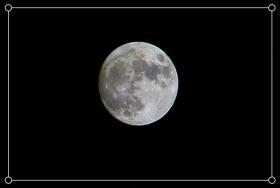 追拍月光~月亮有个西瓜纹!