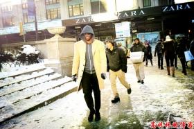 街拍纽约大雪过后各色各态男女