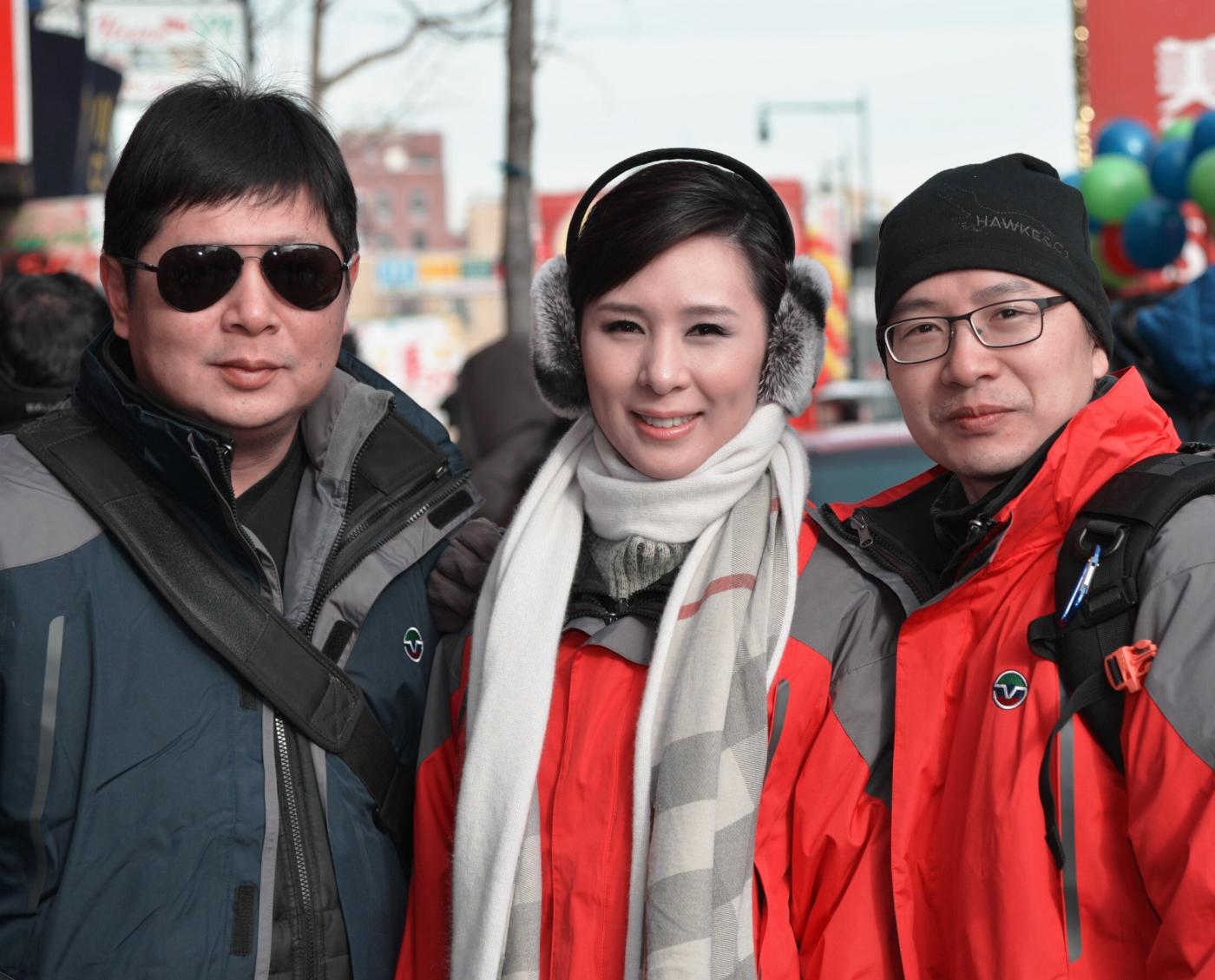 美国中文电视台的美丽女主播。_图1-7