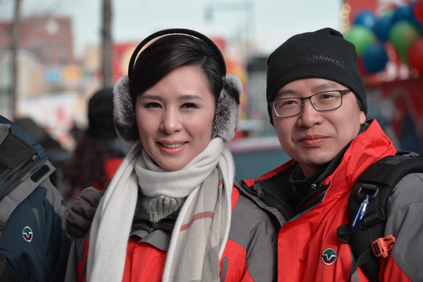 美国中文电视台的美丽女主播。_图1-6