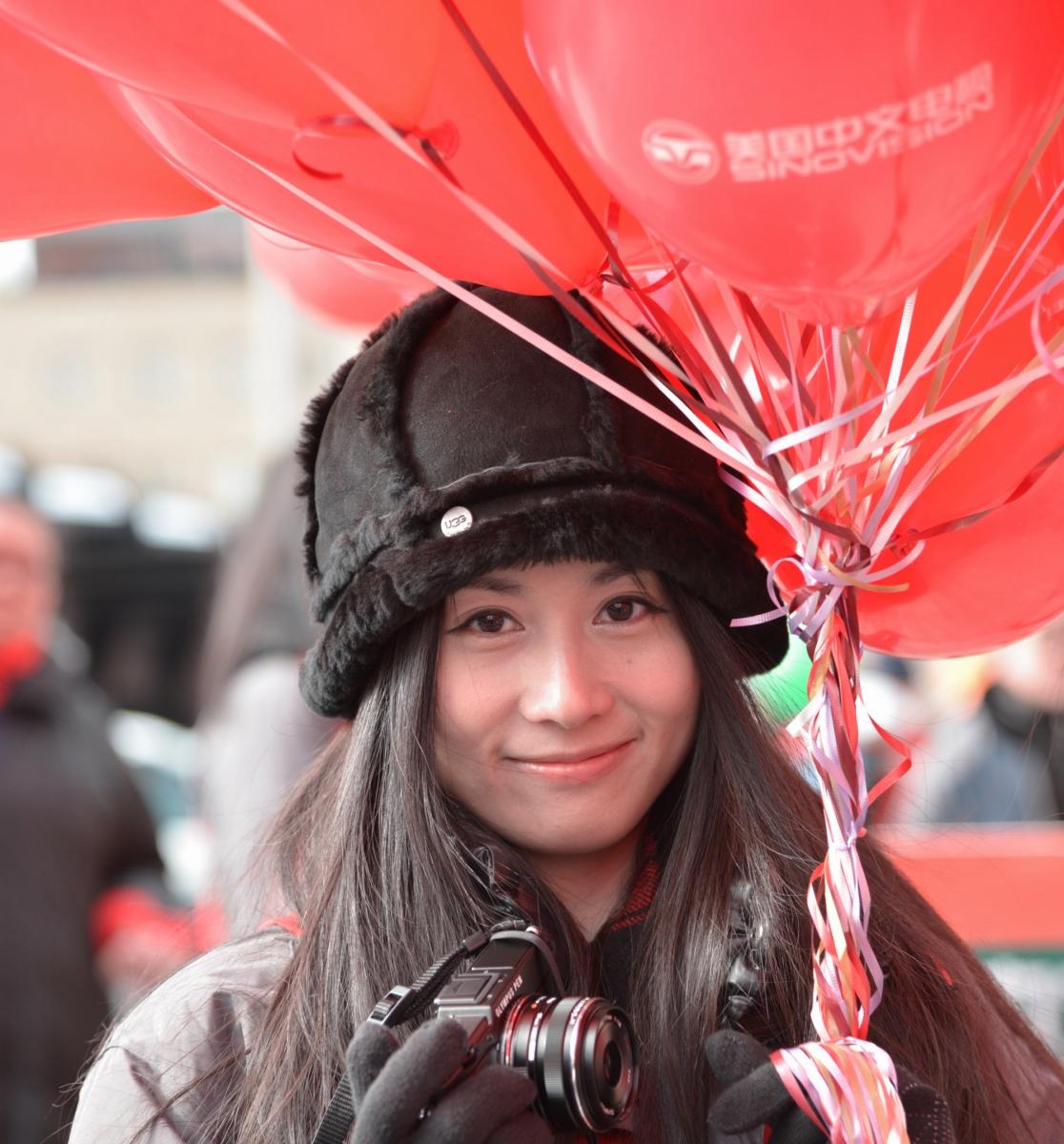 美国中文电视台的美丽女主播。_图1-1