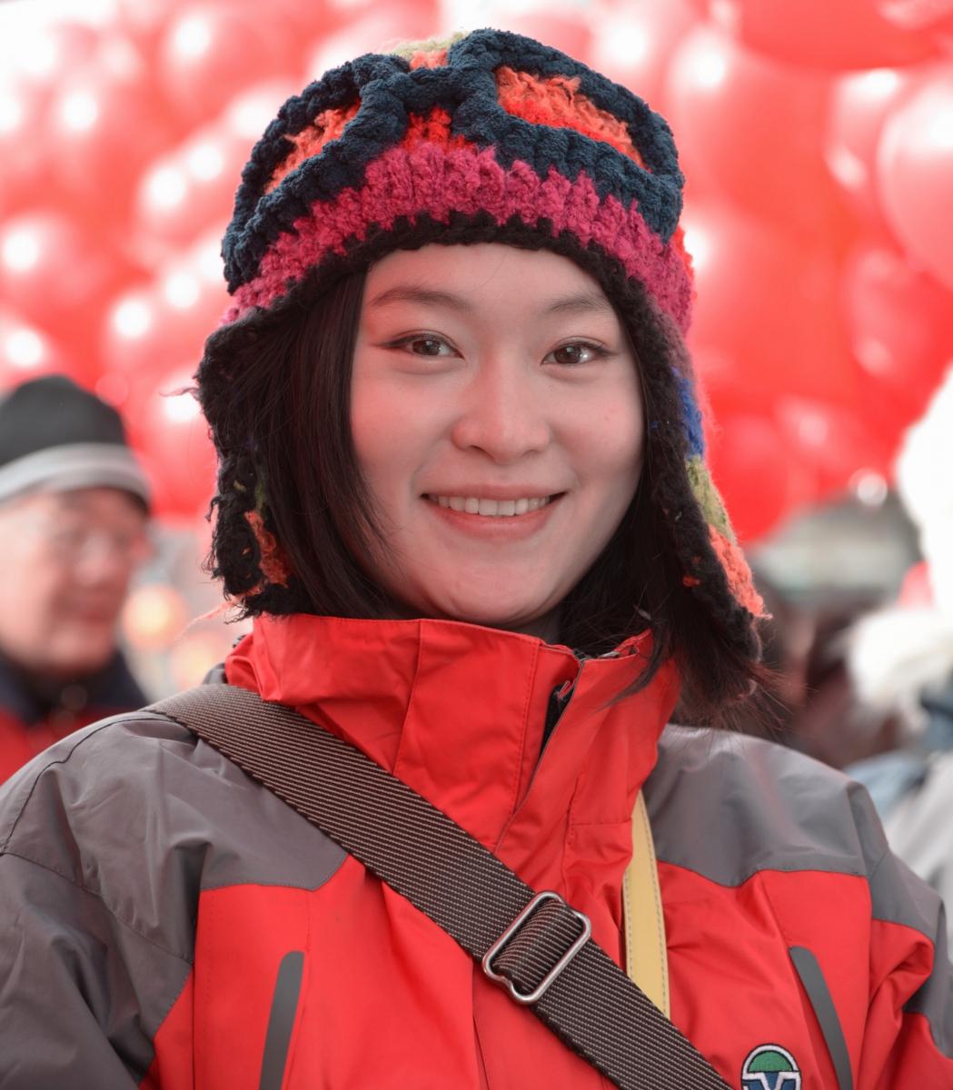 美国中文电视台的美丽女主播。_图1-3