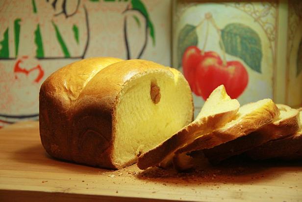 超级好吃的原味面包(面包机版)_图1-1