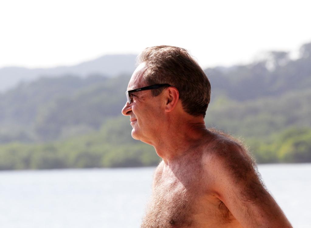 加勒比海滩人物掠影_图1-8