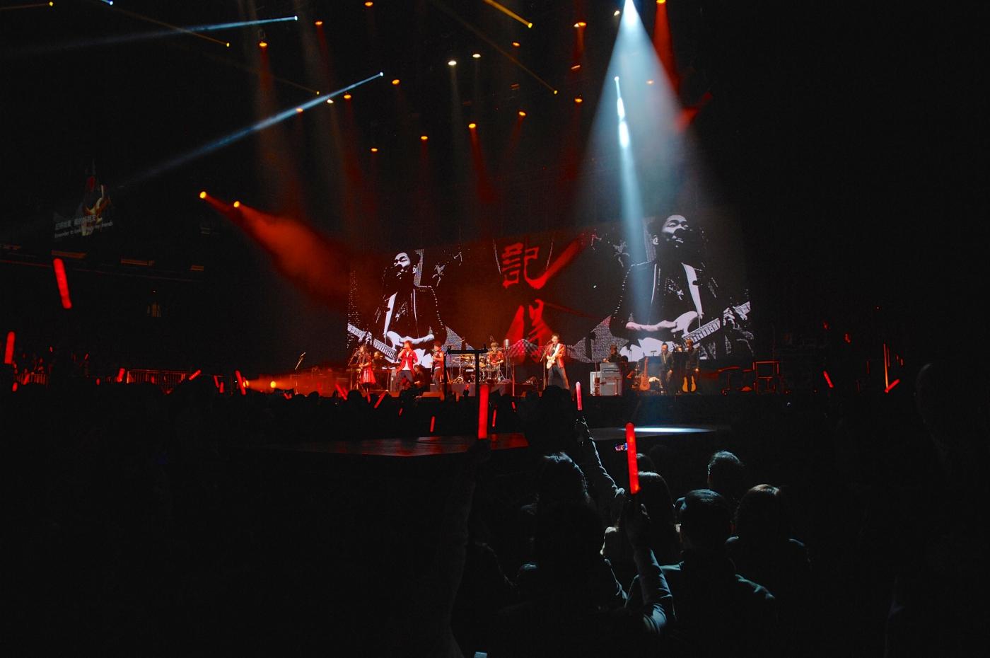 圖博-五月天今晚創造歷史, 引爆麥迪遜花園廣場Madison Square Garden-一萬多歌迷共同 ..._图1-3