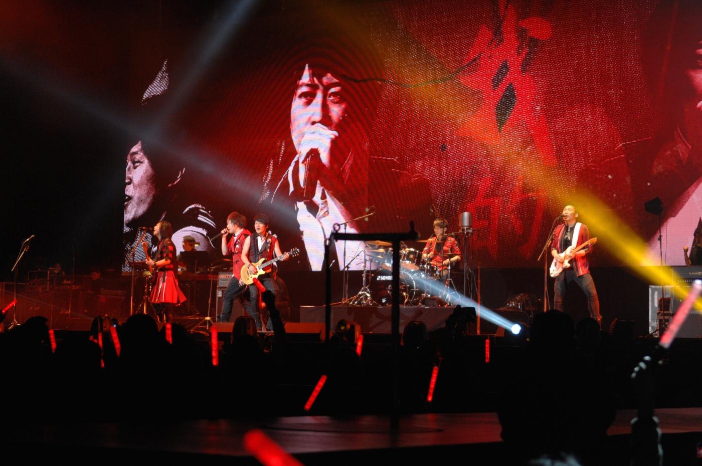 圖博-五月天今晚創造歷史, 引爆麥迪遜花園廣場Madison Square Garden-一萬多歌迷共同 ..._图1-5