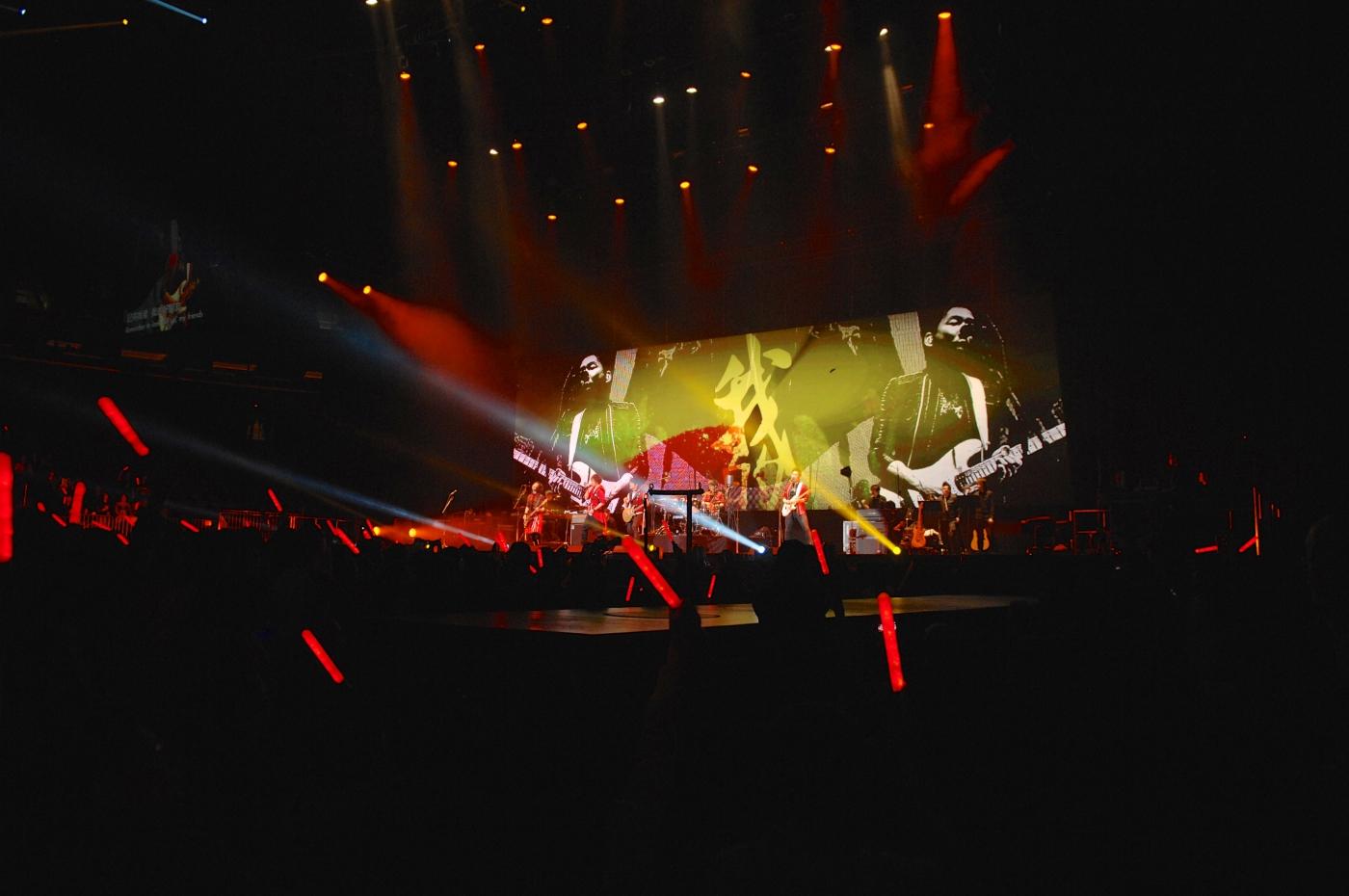 圖博-五月天今晚創造歷史, 引爆麥迪遜花園廣場Madison Square Garden-一萬多歌迷共同 ..._图1-19