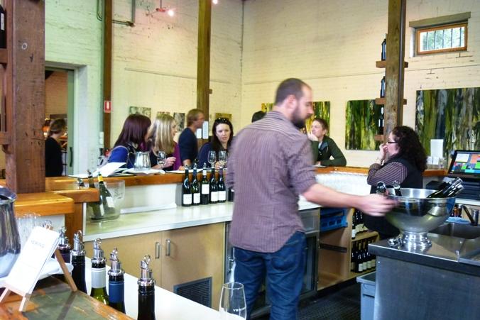 澳洲维省雅拉河谷酒庄----Yering Station_图1-3