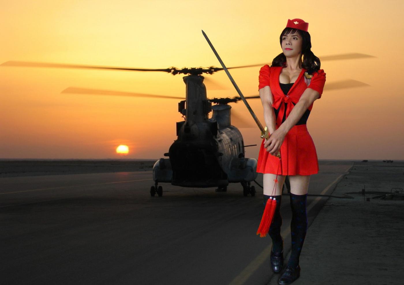 制服的诱惑-胸肌哥空姐服秀半球形聚拢性感美胸_图1-2