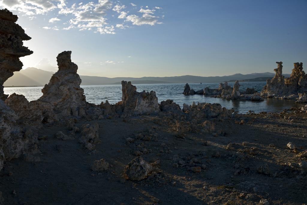 莫诺湖(Mono Lake)的尊容_图2-32