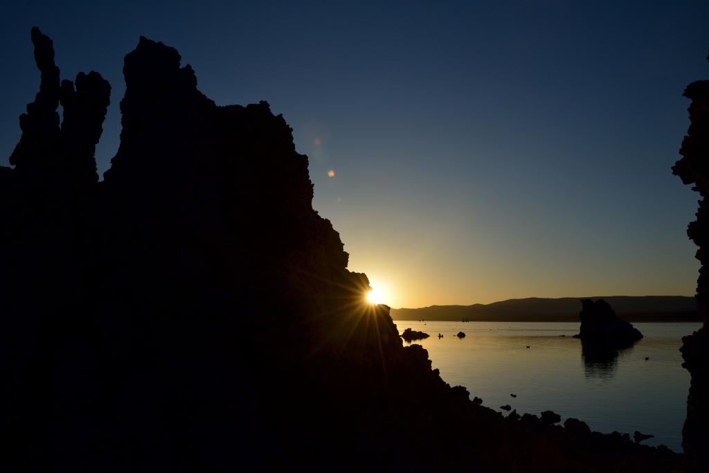 莫诺湖(Mono Lake)的尊容_图2-2