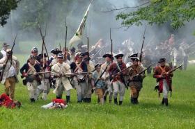 236年前美国独立战争重演片段