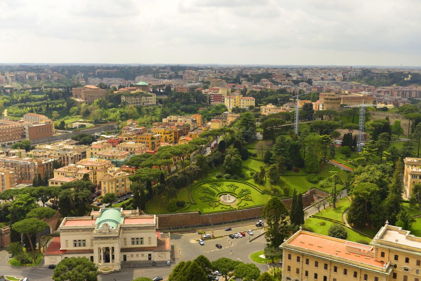 罗马假日_图1-56