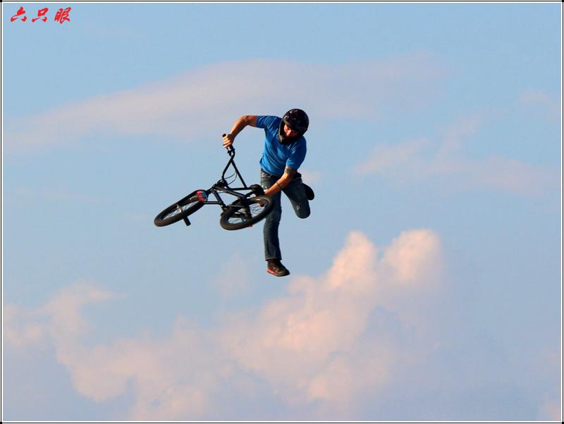 六只眼:勇者的运动---自行车特技_图1-6