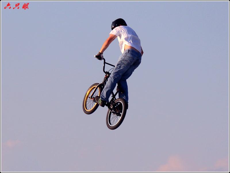 六只眼:勇者的运动---自行车特技_图1-7
