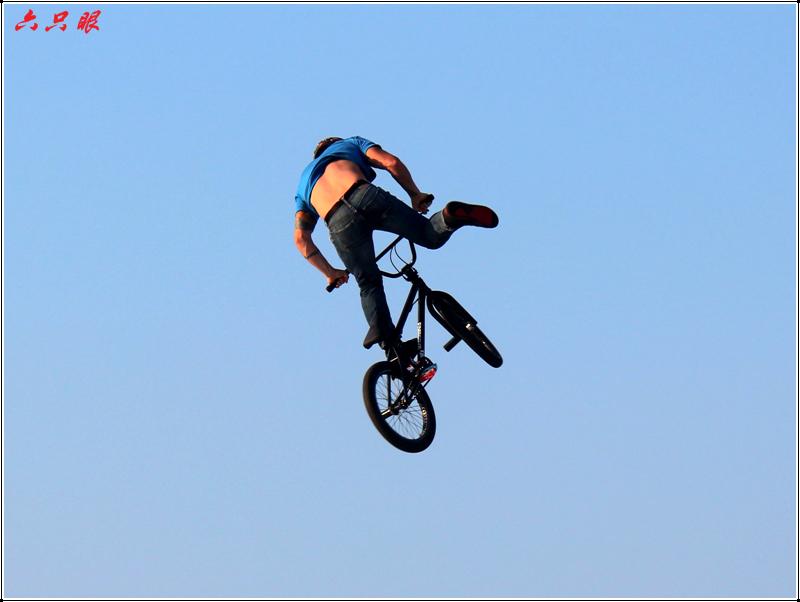 六只眼:勇者的运动---自行车特技_图1-15