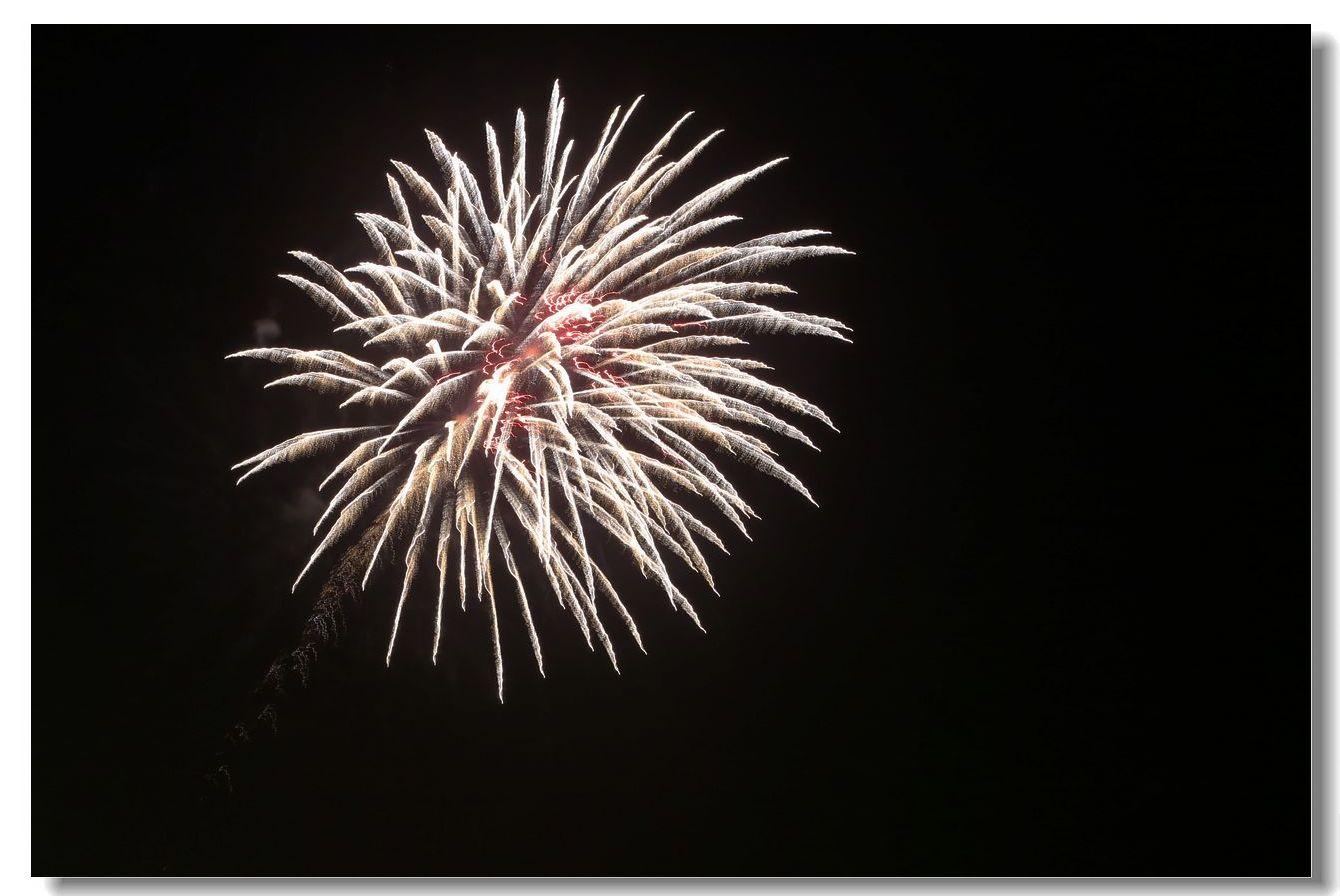 康尼岛的焰火_图1-12
