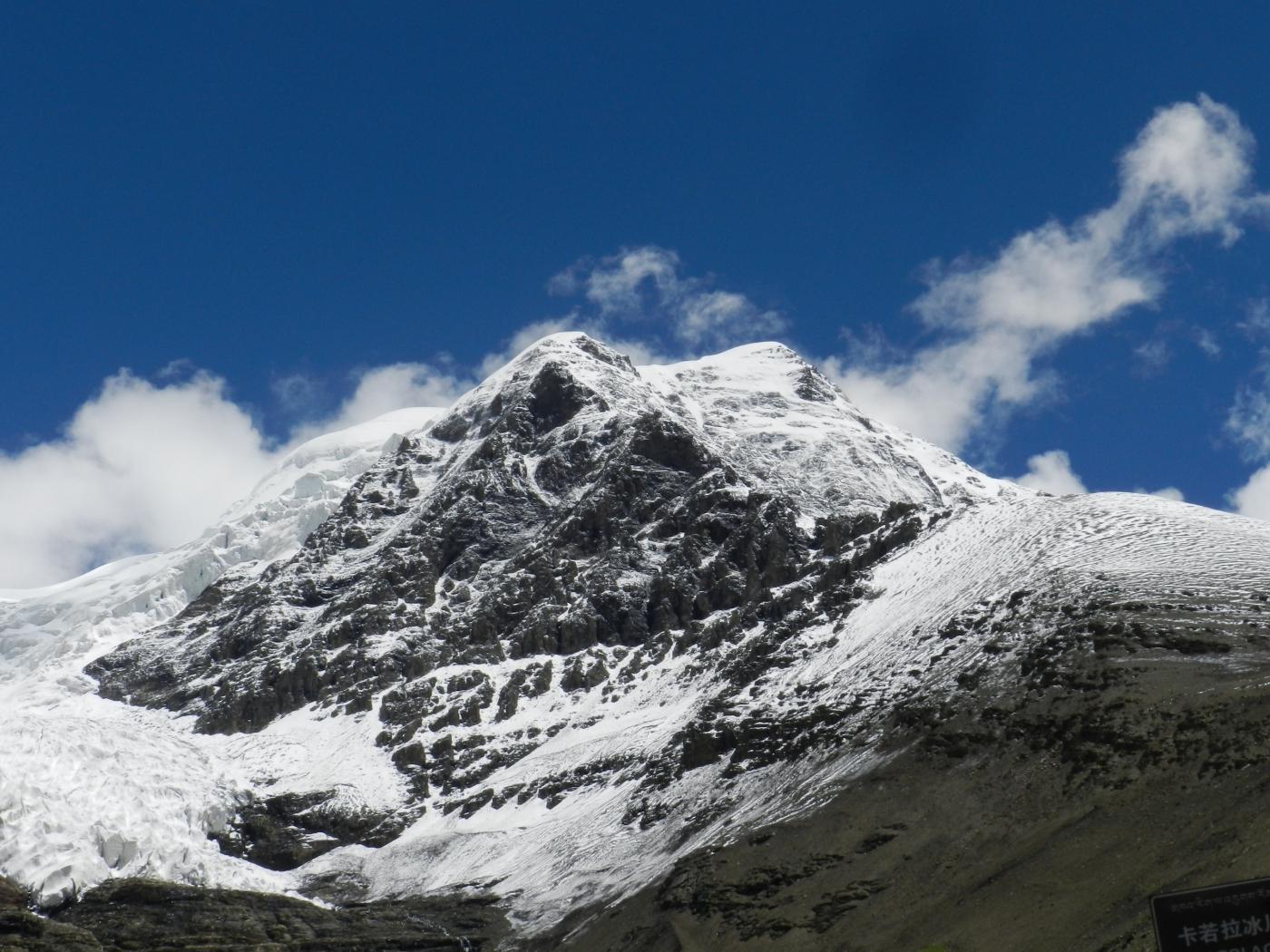 [汉良子]西藏四大雪山之一乃钦