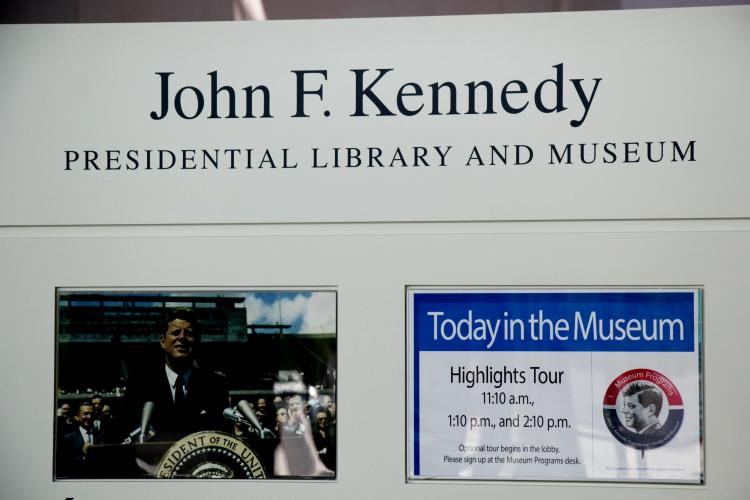 到波士顿参观肯尼迪图书馆博物馆_图1-10