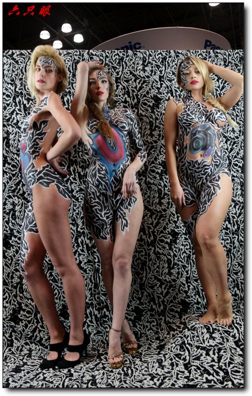 六只眼:美国摄影器材展上的模特_图1-13