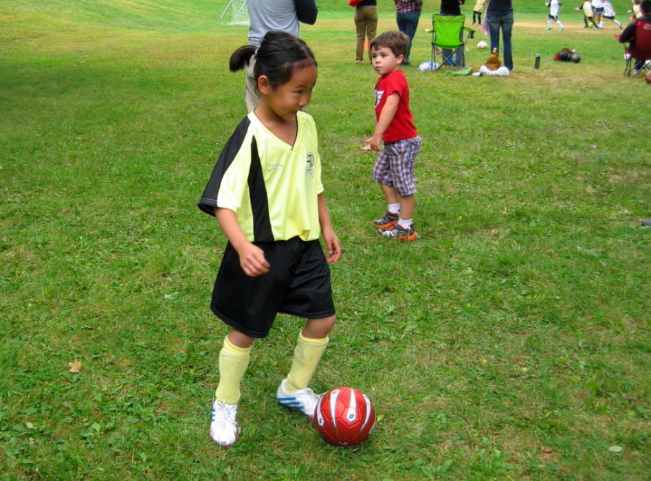 小足球(美国叫soccer)队活动纪实_图1-2