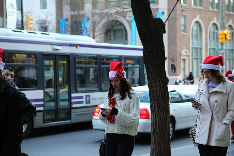 12.13.14 曼哈顿Santa Claus_图1-30