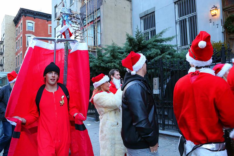 12.13.14 曼哈顿Santa Claus_图1-31